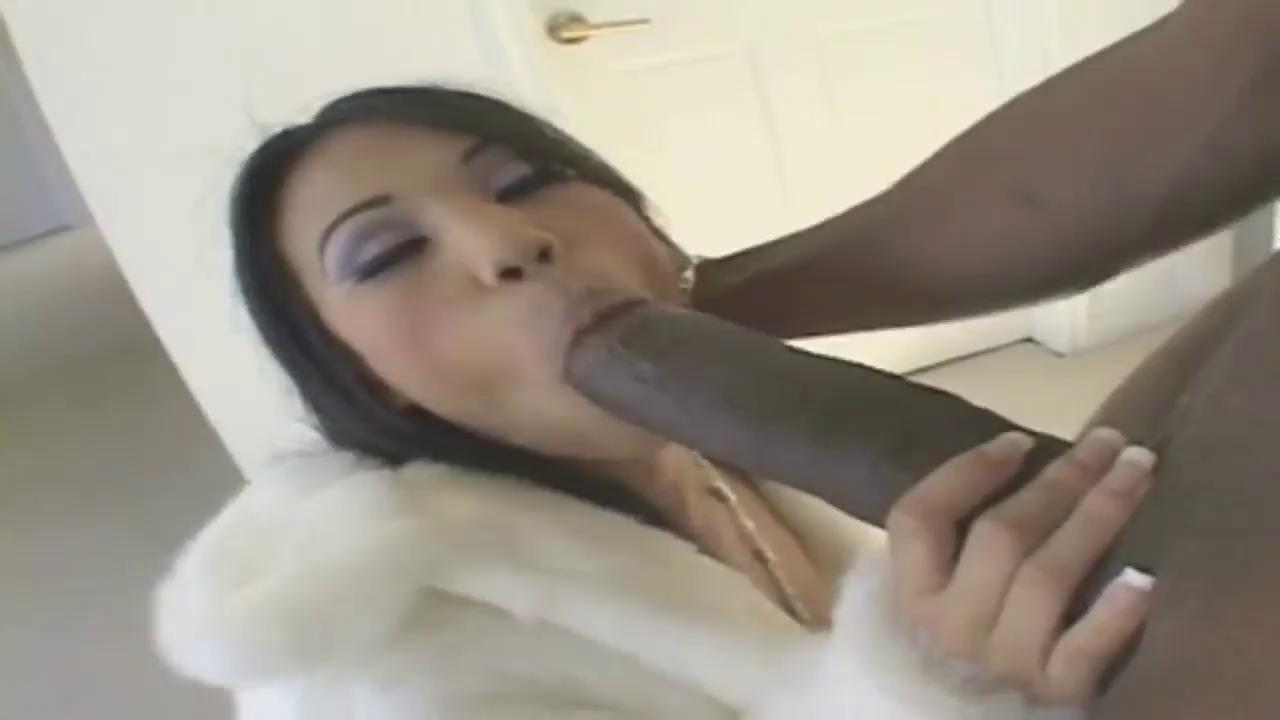 Asian Lesbians Eating Ass